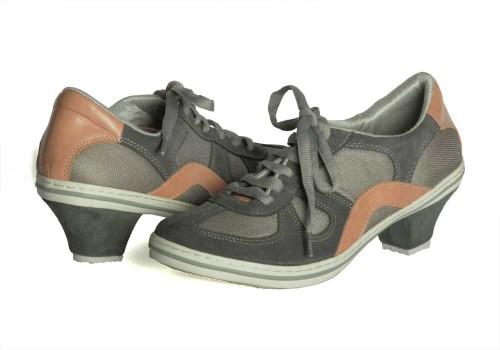 8023_plug_DNI_Tango_Shoe-500x350